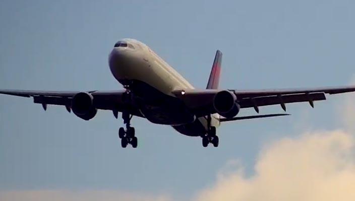London Heathrow Airport webcam - Airport webcams live 24/7